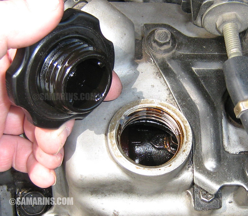 Check Oil Hot Or Cold >> How To Check The Engine When Buying A Used Car