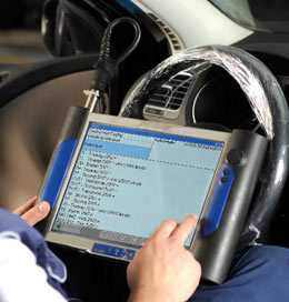 use computer to scan the car