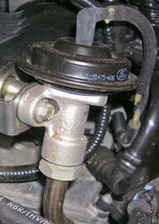 Vacuum operated EGR valve