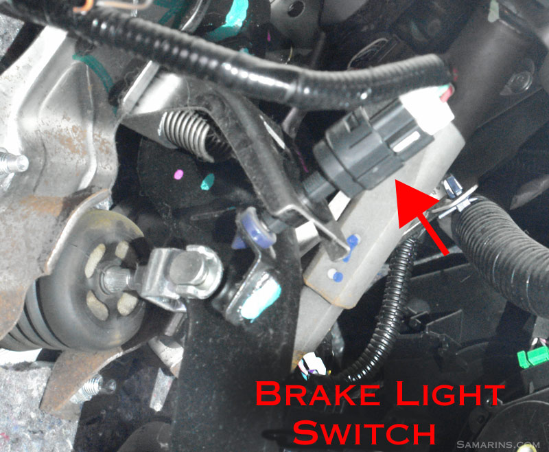 Brake Light Switch on 2001 Toyota Avalon Fuse Diagram