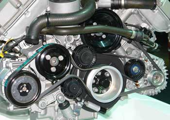 Serpentine Belt on 2003 Ford Escape Engine Belts