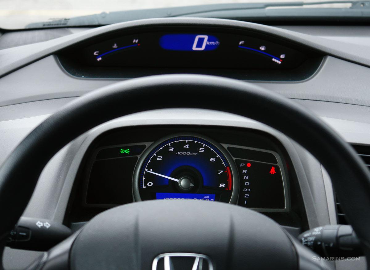 honda civic   fuel economy timing belt  chain problems  specs
