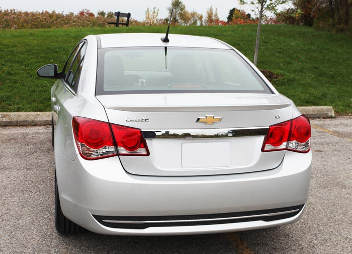 chevrolet cruze problems and fixes fuel economy driving experience photos specs. Black Bedroom Furniture Sets. Home Design Ideas