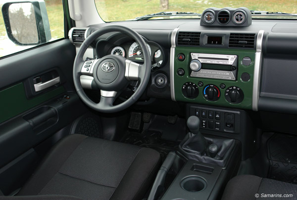 Used Toyota Fj Cruiser 2007 2013 Expert Review