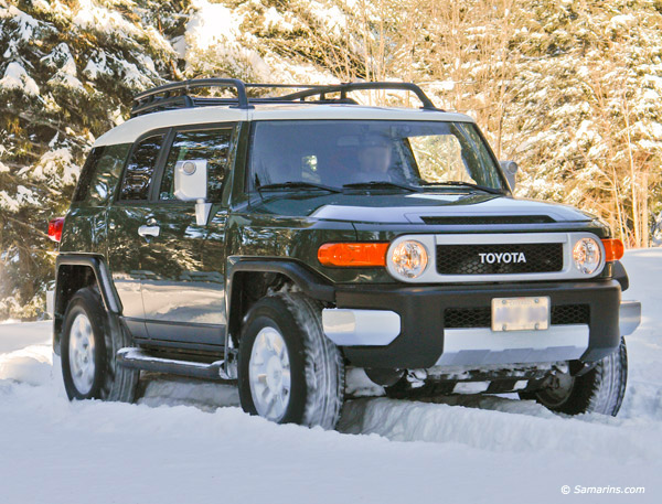used toyota fj cruiser 2007 2013 expert review. Black Bedroom Furniture Sets. Home Design Ideas