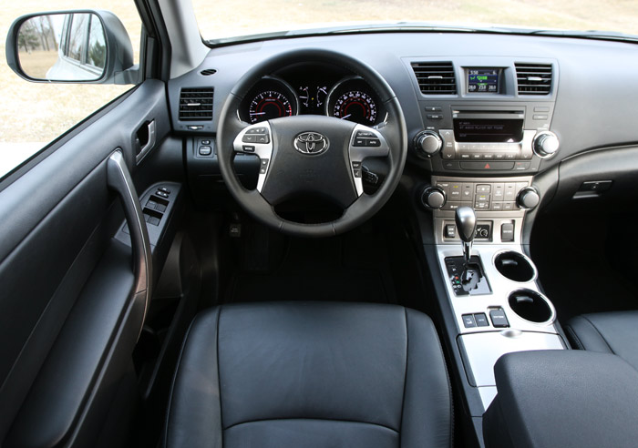 Captivating Toyota Highlander Interior
