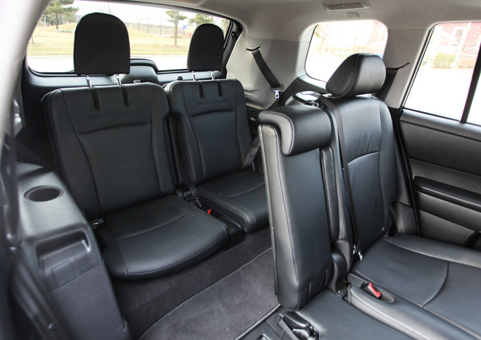 Toyota Highlander Seating >> What To Look For When Buying A Used Toyota Highlander