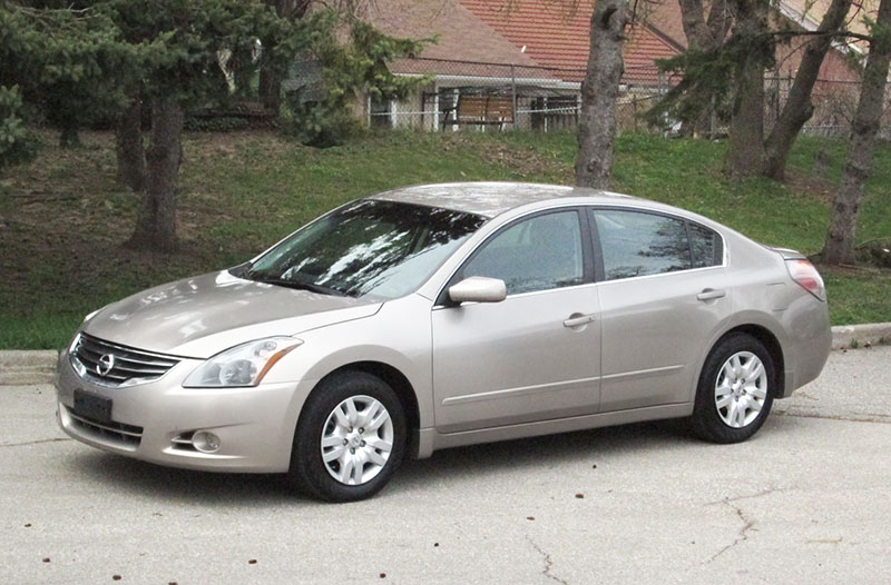 Nissan Altima 2007-2012: fuel economy, problems, lineup, CVT