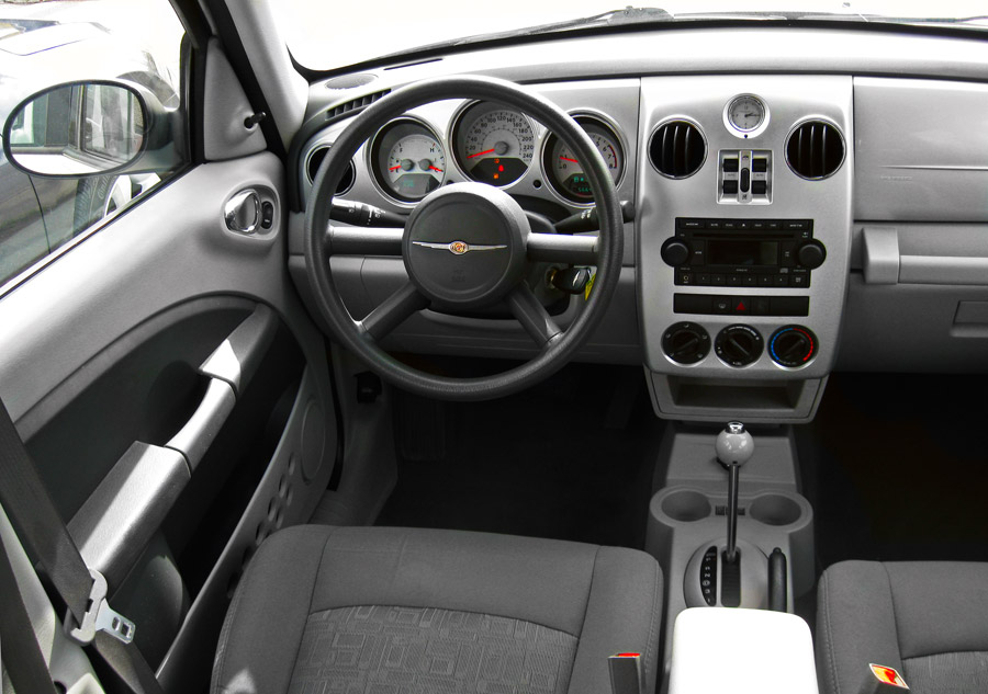 2009 Chrysler Pt Cruiser Interior