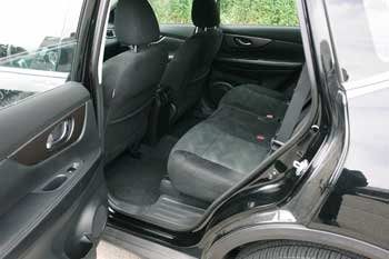 2016 Nissan Rogue rear seat
