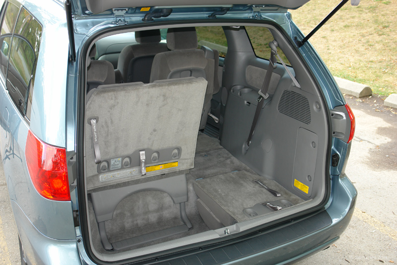 2008 toyota sienna cargo space dimensions. Black Bedroom Furniture Sets. Home Design Ideas