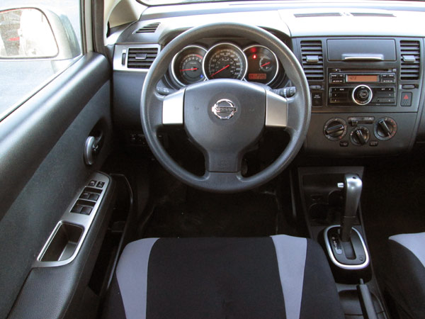 Awesome Nissan Versa Interior