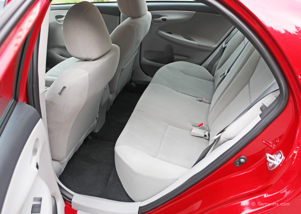 2011 hyundai elantra seat covers autos post. Black Bedroom Furniture Sets. Home Design Ideas