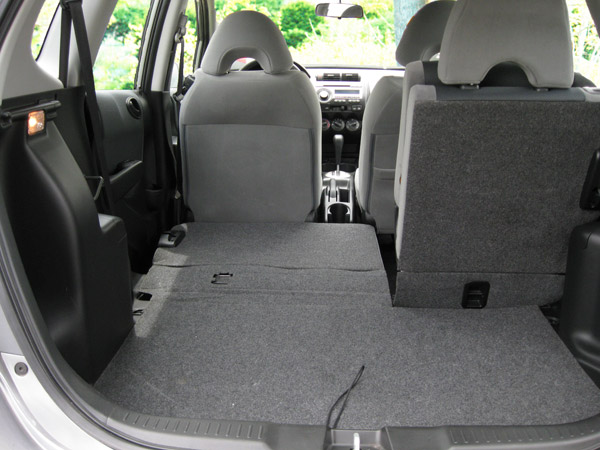 Amazing ... Honda Fit Cargo Area ...