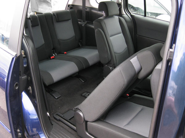 rav4 third row seat aftermarket autos post. Black Bedroom Furniture Sets. Home Design Ideas