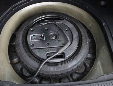 Mazda Subwoofer